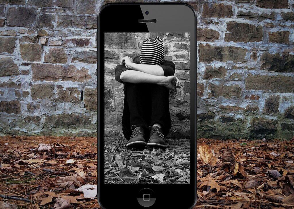 Social-media-negativity